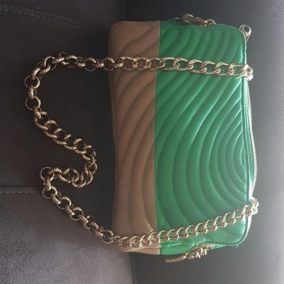 henri bendel Handbags - Henri Bendel hand bag